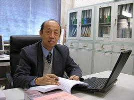 宝钢研究院教授王国栋照片