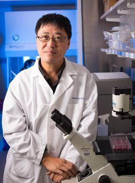 美国耶鲁大学肿瘤免疫学部主任陈列平照片