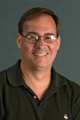 美国南加州大学社会工作学院军队社会工作项目首席教授Carl照片