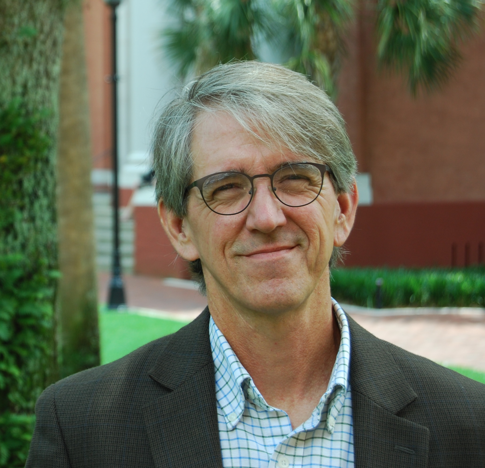 美国奥本大学教授DavidHill