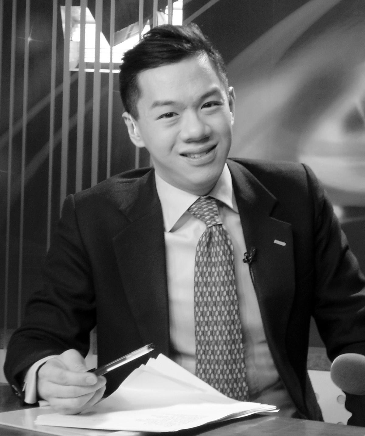 China Central TelevisionjournalistJames Chau