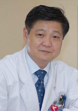 中国康复医学会颈椎病专业委员会副主任委员孙宇照片