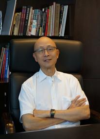 泰盈集团董事长杨晓辉照片