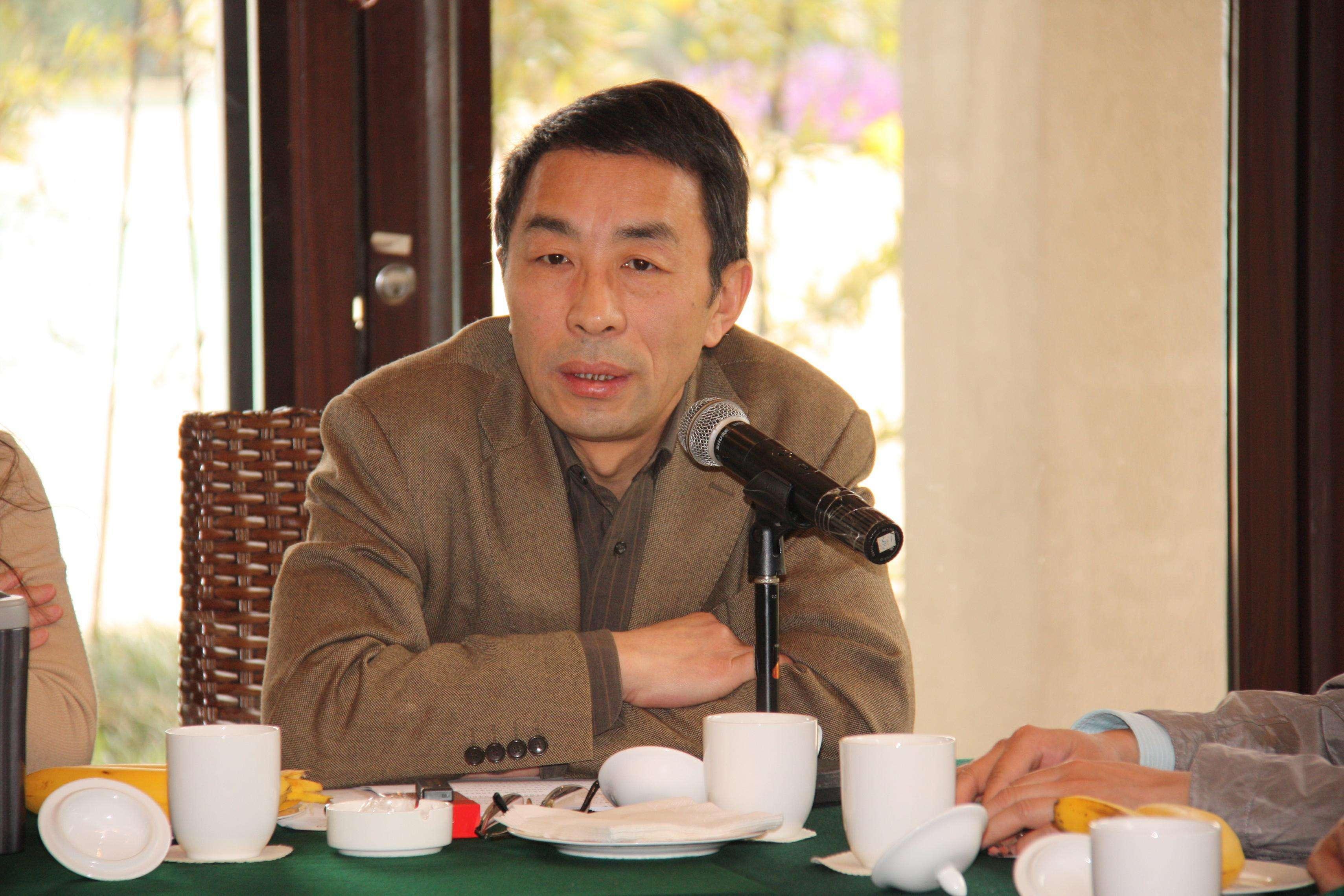 江苏科技大学材料科学与工程学院院长吴铭方