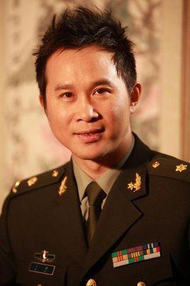 中國人民解放軍第二炮兵政治部文工團歌唱家金波照片