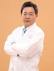 湖北中医药大学针刀医学教研室教授张天民照片