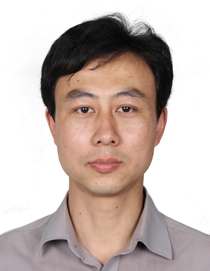 同济大学汽车学院副院长钟再敏