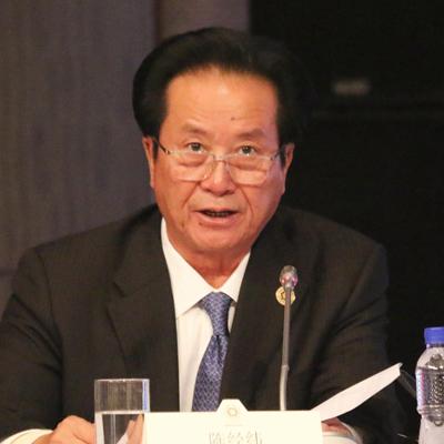 香港经纬集团董事局主席陈经纬照片
