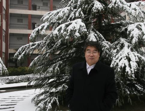 上海交通大学机械与动力学院叶轮机械研究所所长臧述升照片