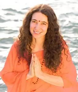 印度国际瑜伽节主席萨蒂维.芭格瓦蒂博士照片