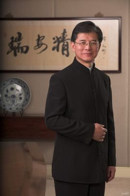瑞安集团主席罗康瑞照片