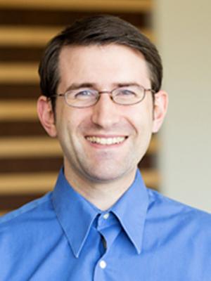 美国南加州大学教授Benjamin Nye