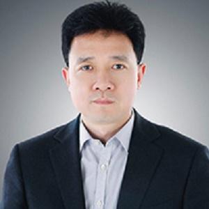 海尔家电产业集团营销总经理程传岭照片