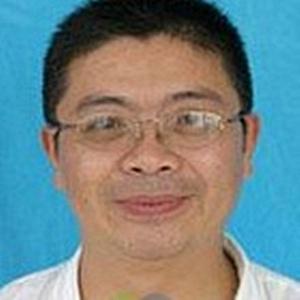 上海市第一人民医院骨科副主任医师黄建华