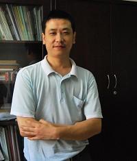 武汉大学教授张晓星