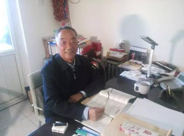 西藏自治区原党委常委敬天林照片