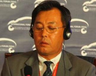 日本汽车工业协会北京代表处首席代表新野雅史照片