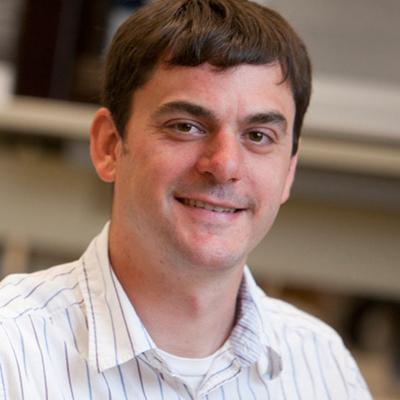 康奈尔大学助理教授亚当·博伊科照片