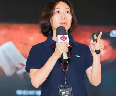 育学园联合创始人姜巍照片