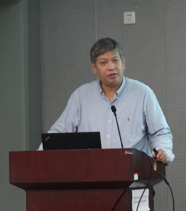 香港大学教授胡勇