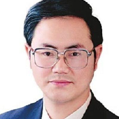 云南省第一人民医院副院长王昆华照片