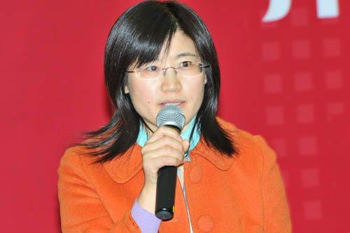 中国政法大学商学院副教授慕凤丽照片