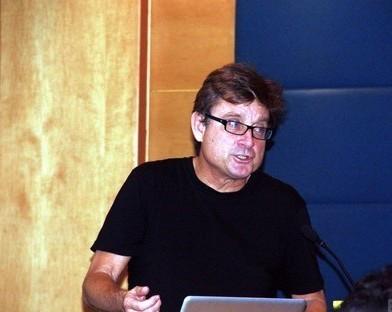 美国南加州大学教授尼尔·林奇(Neil Leach)