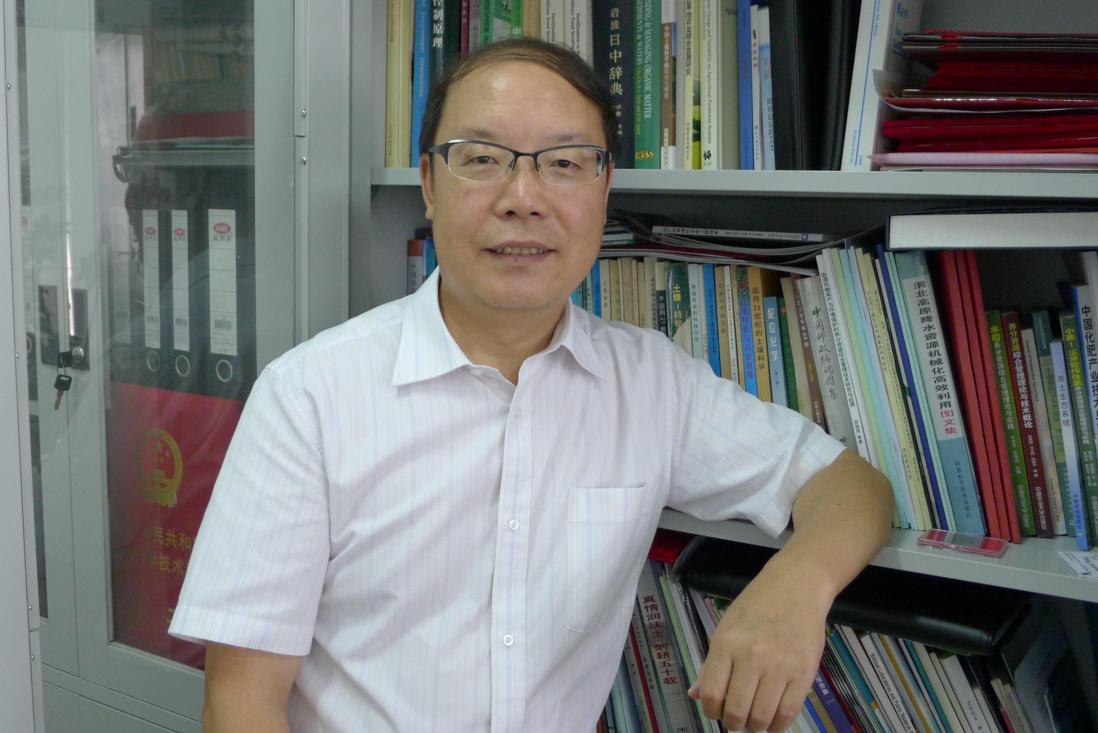 中国科学院沈阳应用生态研究所研究员张旭东