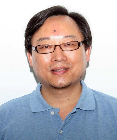 复旦大学药学院教授杨永华照片