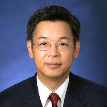 央行货币政策委员会委员黄益平