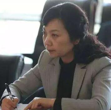河南省人民医院党委副书记武素英      照片