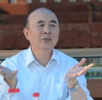 中国种子协会副会长兼秘书长李立秋照片