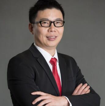 七乐康集团创始人兼董事长石振洋   照片