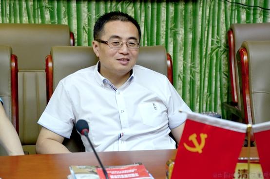 中国村镇银行联盟主席齐大清照片