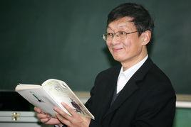 全国中语会学术委员会副主任余映潮