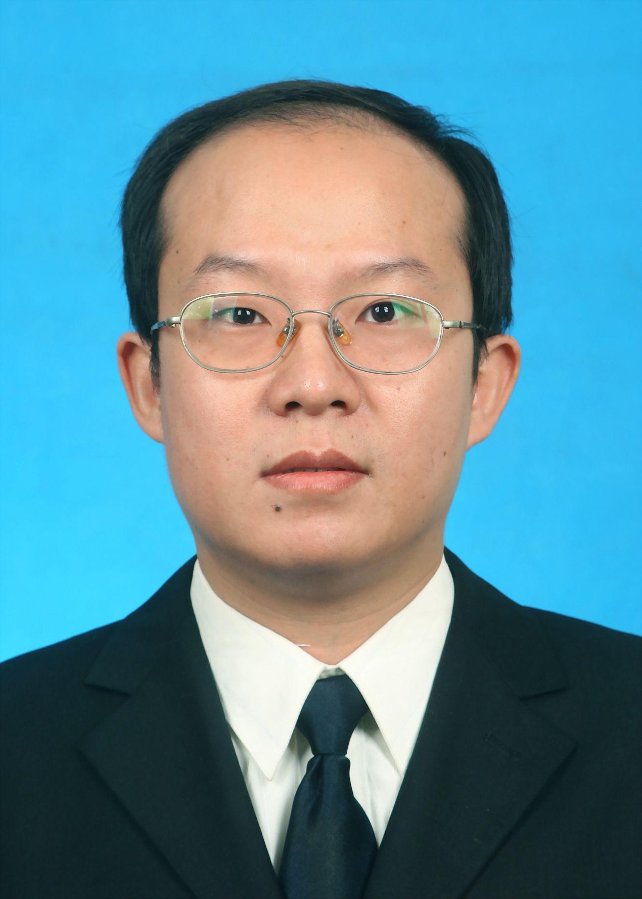 天门市人民医院副院长陈伯勋照片