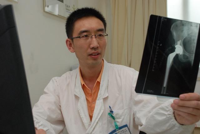 上海交通大学医学院附属第九人民医院康复医学科副主任 蔡斌照片