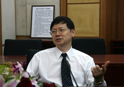 中华预防医学会卫生应急分会主任委员杨维中照片