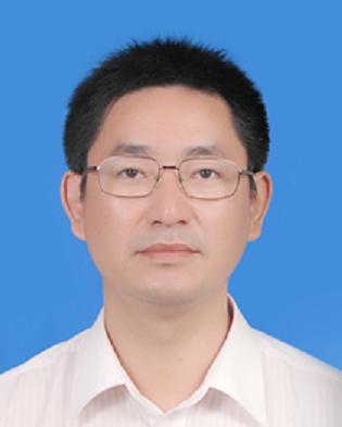 深圳证券交易所综合研究所所长何杰照片