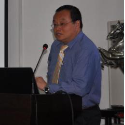 美国田纳西诺克斯维尔大学教授Baoshan Huang照片