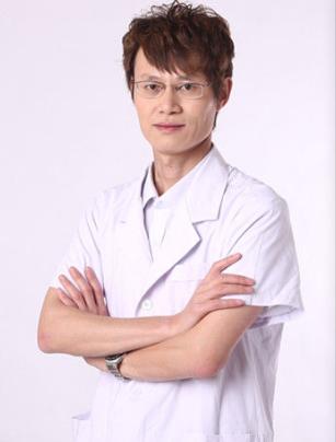 卫生部中日友好医院整形外科主任  崔鹏照片