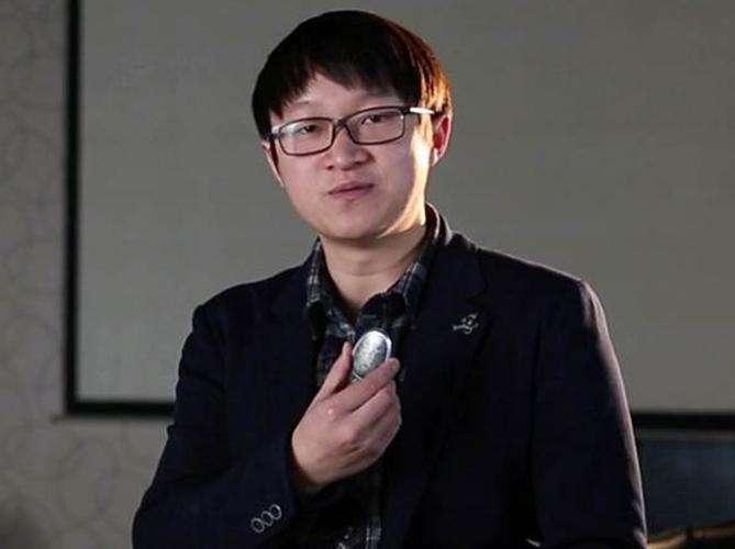 智石科技COO李果照片