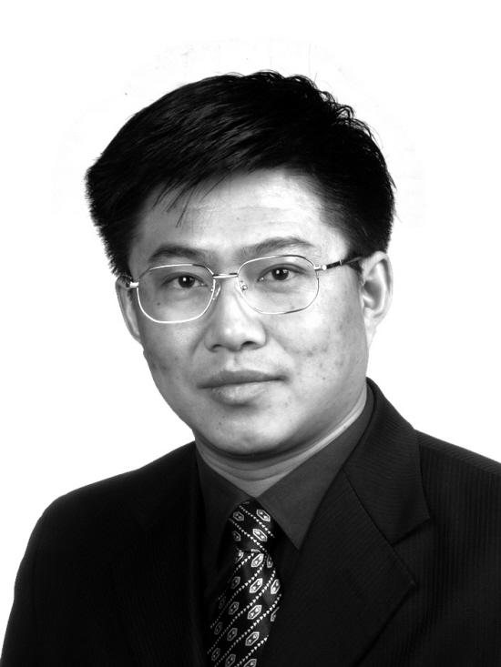 上海中医药大学康复医学院院长王拥军照片