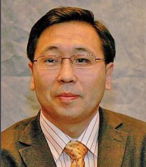 浙江大学电子信息技术与系统研究所所长李尔平照片