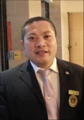 世界脊柱健康联盟协会理事郑昆照片