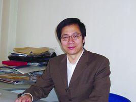 教育部长江学者特聘教授王均宏