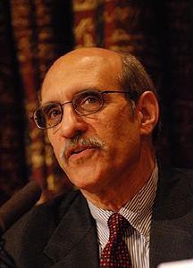 美国哥伦比亚大学生物学教授马丁·查尔菲(Martin Chalfie)