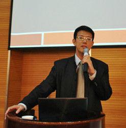 新竹教育大学教育心理与谘商学系教授许育光