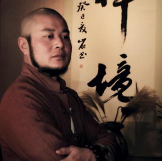 紫砂艺术馆馆长吴杰照片
