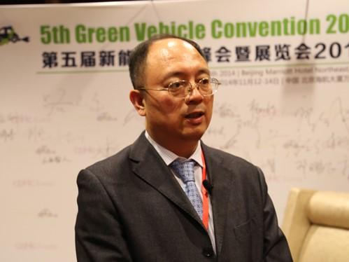 中国第一汽车股份有限公司技术中心汽车电子部部长刘明辉